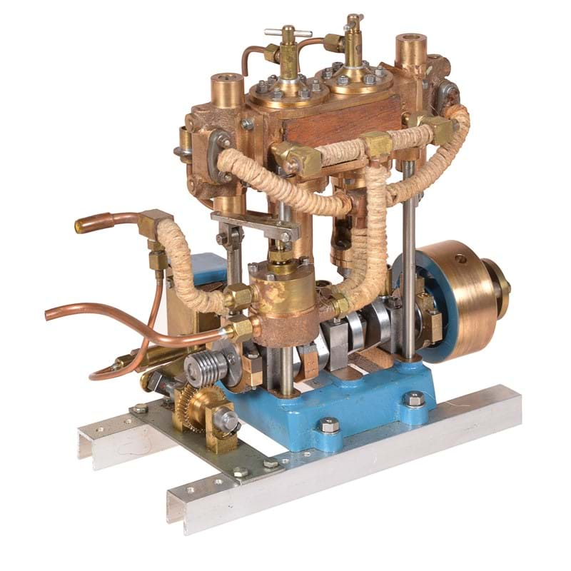 A well-engineered model of a twin simple vertical marine engine