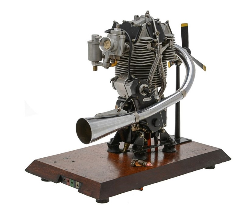 Inline Image - 1/2 size working model of a 1938 350cc Velocette racing motor cycle engine,  Est. £1,000-1,500 (+fees)