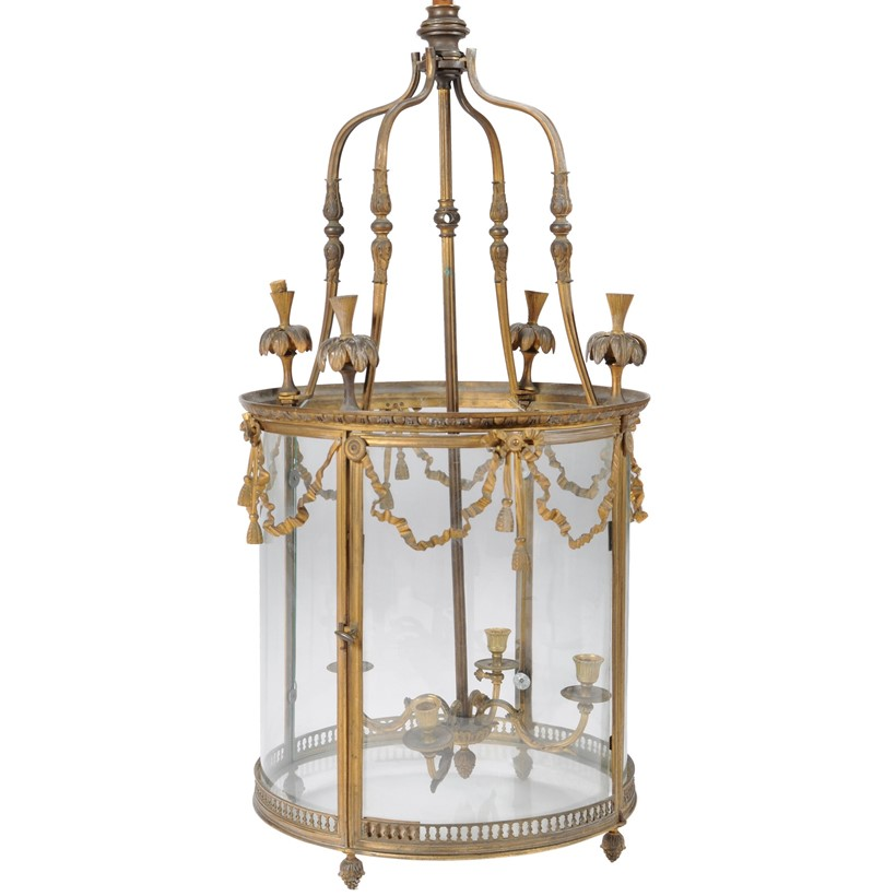 Inline Image - A Victorian hall lantern, est. £3,000-5,000 (+fees)