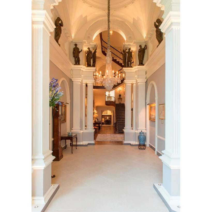 Inline Image - The stunning interior of Kingstone Lisle Park