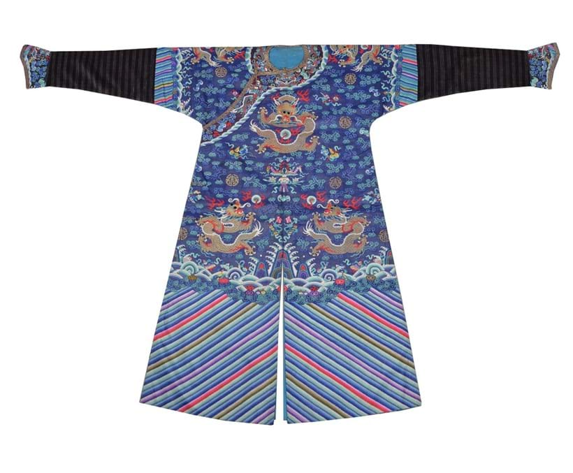 Inline Image - Lot 159, a Chinese 'Kesi' weave multi-coloured Mandarin's dragon robe, Qing Dynasty, late 19th century; est. £2,500-3,500 (+fees)