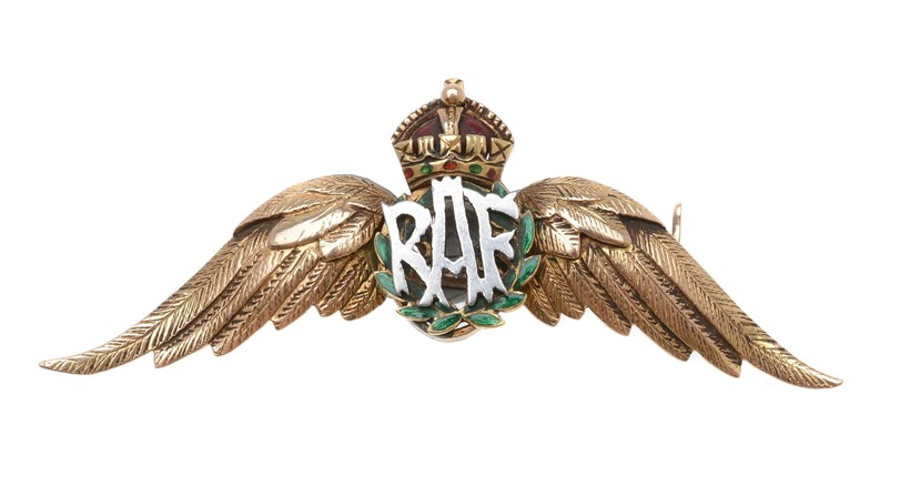 Inline Image - Lot 35, a 1930s RAF sweetheart brooch, with textured gold wings; est. £120-160 (+fees)