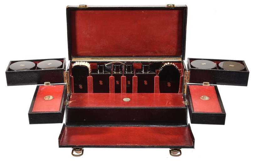 Inline Image - Lot 279, black leather travelling vanity case, 1930s; est. £800-1,200 (+fees)