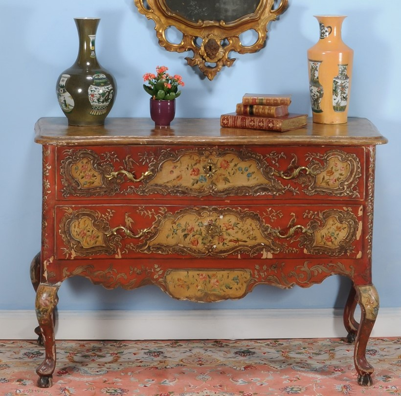 Inline Image - Lot 48, Venetian painted and parcel gilt serpentine commode,  circa 1760; est. £3,000-5,000 (+fees)