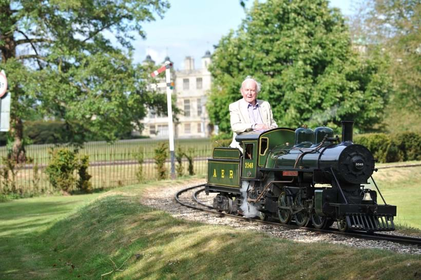 Inline Image - Lord Braybrooke at the Audley End Miniature Railway driving the 10 1/4 inch 'American Outline' Atlantic 2-6-2 locomotive,  'Lord Braybrooke', no. 3548