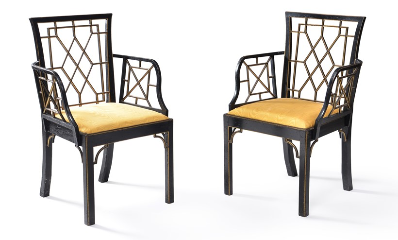 Inline Image - LOT 168: A SET OF EIGHT GEORGE III BLACK PAINTED AND PARCEL GILT DINING CHAIRS, OF COCKPEN TYPE, CIRCA 1800. PROVENANCE: BY REPUTE FROM THE CHINESE ROOM AT ICKWORTH HOUSE, SUFFOLK | EST. £3,000-5,000 (+FEES)