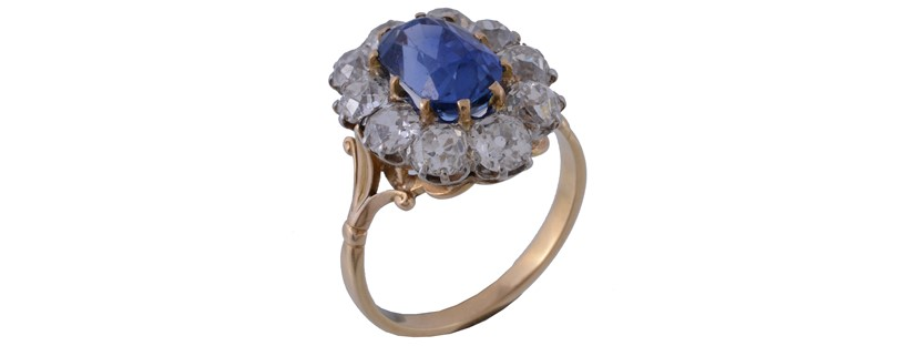 Inline Image - A late Victorian Sri Lankan Sapphire ring. Sold at Dreweatts for £4,960