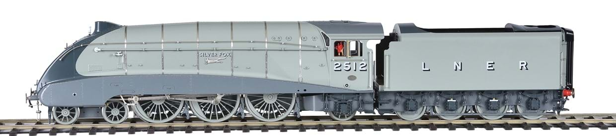 Fred Sansome's Gauge 1 Locomotive collection to be sold at The Transport sale