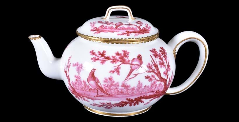 Inline Image - Lot 70: A Sevres teapot and cover | Est. £1,500-2,000 (+fees)