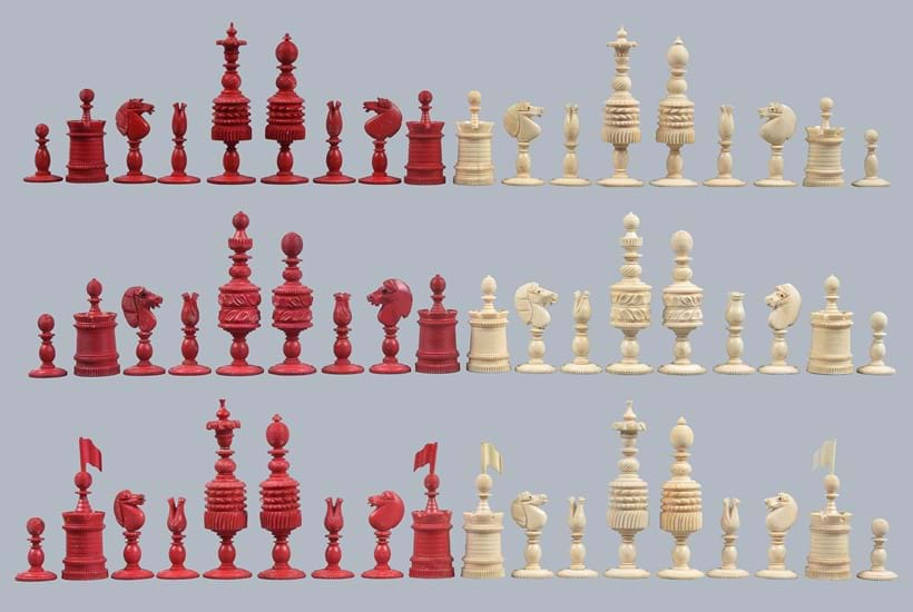 Inline Image - (Top to bottom) Lot 203: A large English turned bone Barleycorn pattern chess set, 19th century. Est. £400-600 (+fees); Lot 204: An English turned bone Barleycorn pattern chess set, 19th century. Est. £150-250 (+fees); Lot 205: An English turned bone Barleycorn pattern chess set, 19th century. Est. £200-300 (+fees)