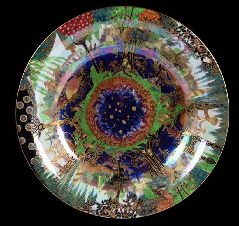 Inline Image - (Fig.1) Daisy Makeig-Jones for Wedgwood, a Fairyland Lustre Lily Tray bowl
