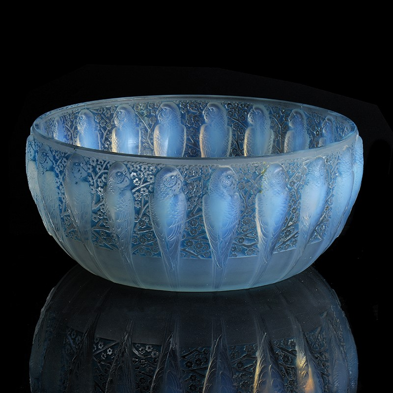 Lalique, René Lalique, Perruches, an opalescent and blue stained glass bowl