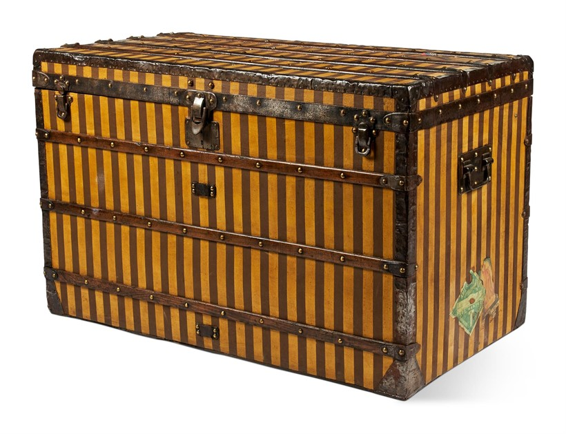 Inline Image - Lot 416: A LOUIS VUITTON YELLOW CANVAS WOODEN BAND STEAMER TRUNK, EARLY 20TH CENTURY | Est. £2,000-3,000 (+fees) | Sold for £16,250