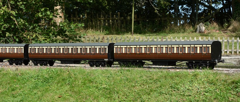 Inline Image - Lot 46: A rake of six 5 inch gauge Great Western Railway bogie coaches | Est. £5,000-6,000 (+fees)