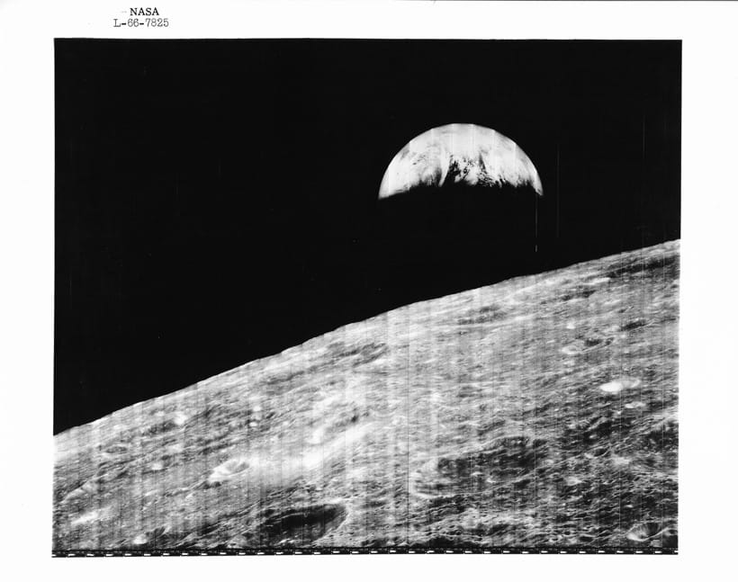 Inline Image - Lot 90: Lunar Orbiter 1. Earthrise - the world's first view of the Earth from the Moon's perspective | Est. £800-1,200 (+fees)